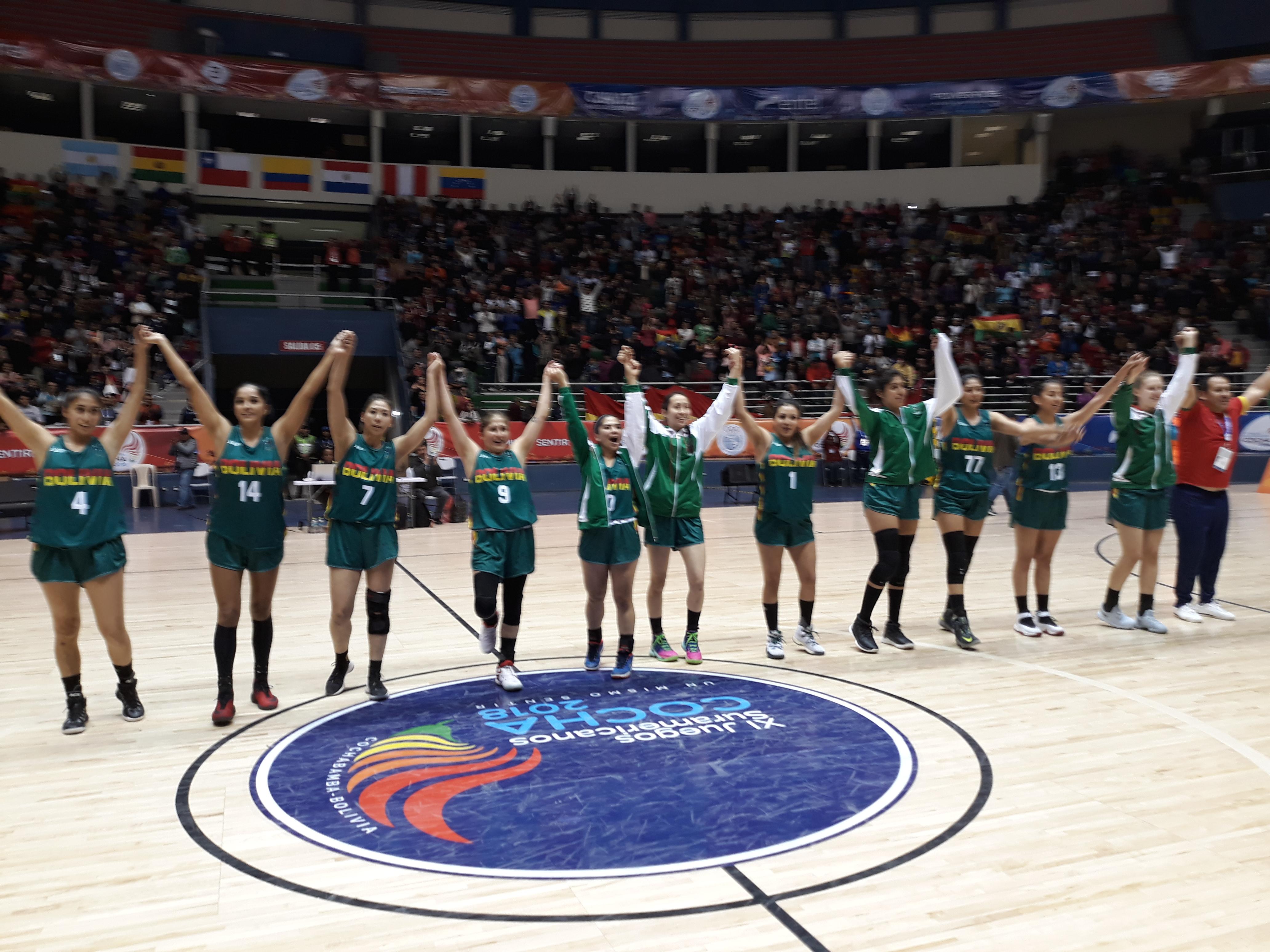 Baloncesto femenino suma medalla de plata para Bolivia